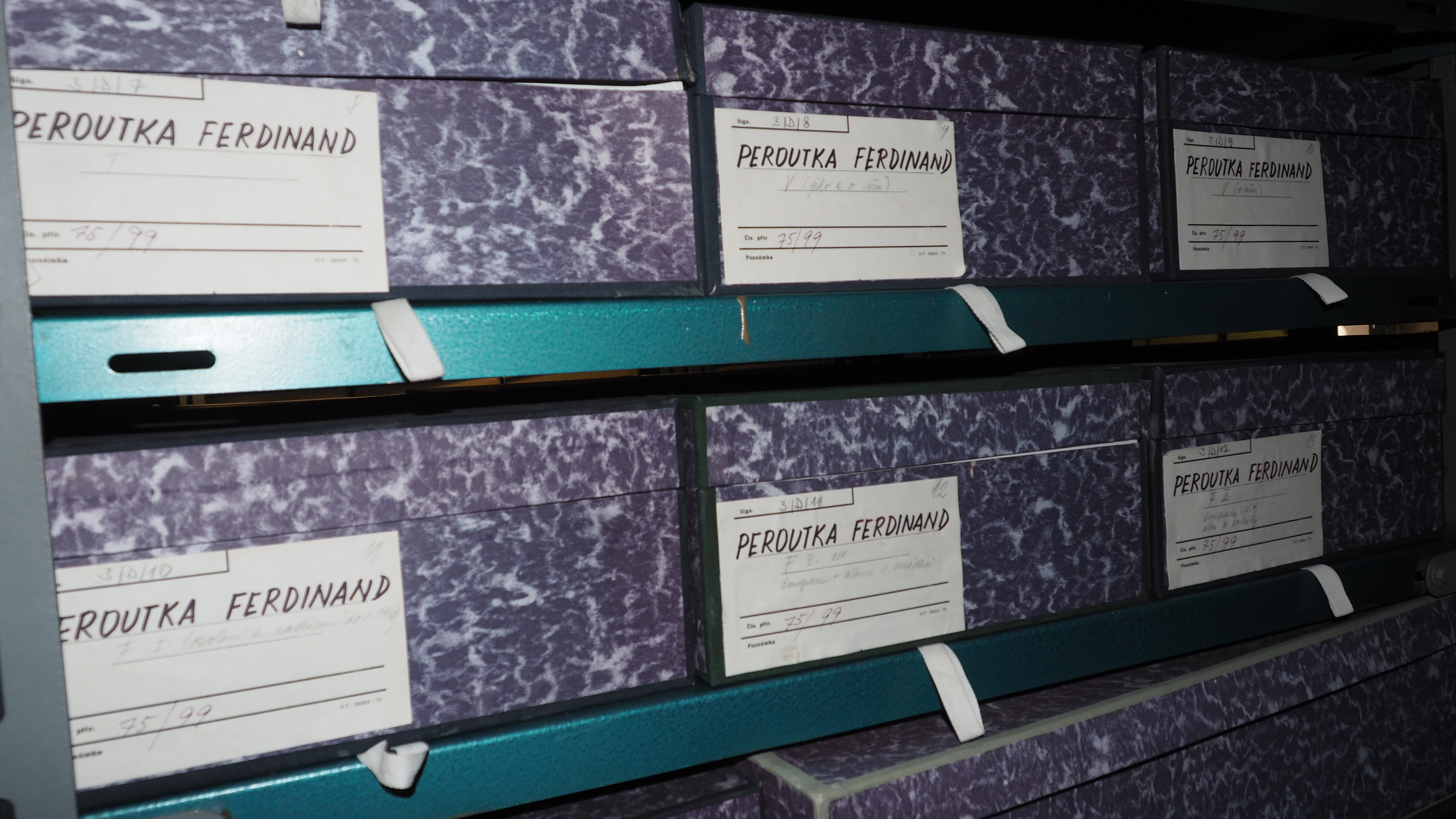 Literary Archive of the Museum of Czech Literature (LA PNP), photo by Petr Kotyk; Originály archiválií jsou uložené v Literárním archivu Památníku národního písemnictví.
