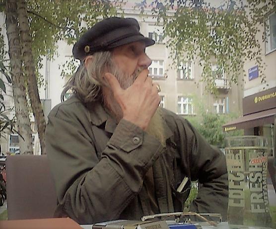 Vladimir Dodig Trokut. (December, 2016)