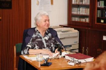 Tóth, Margit