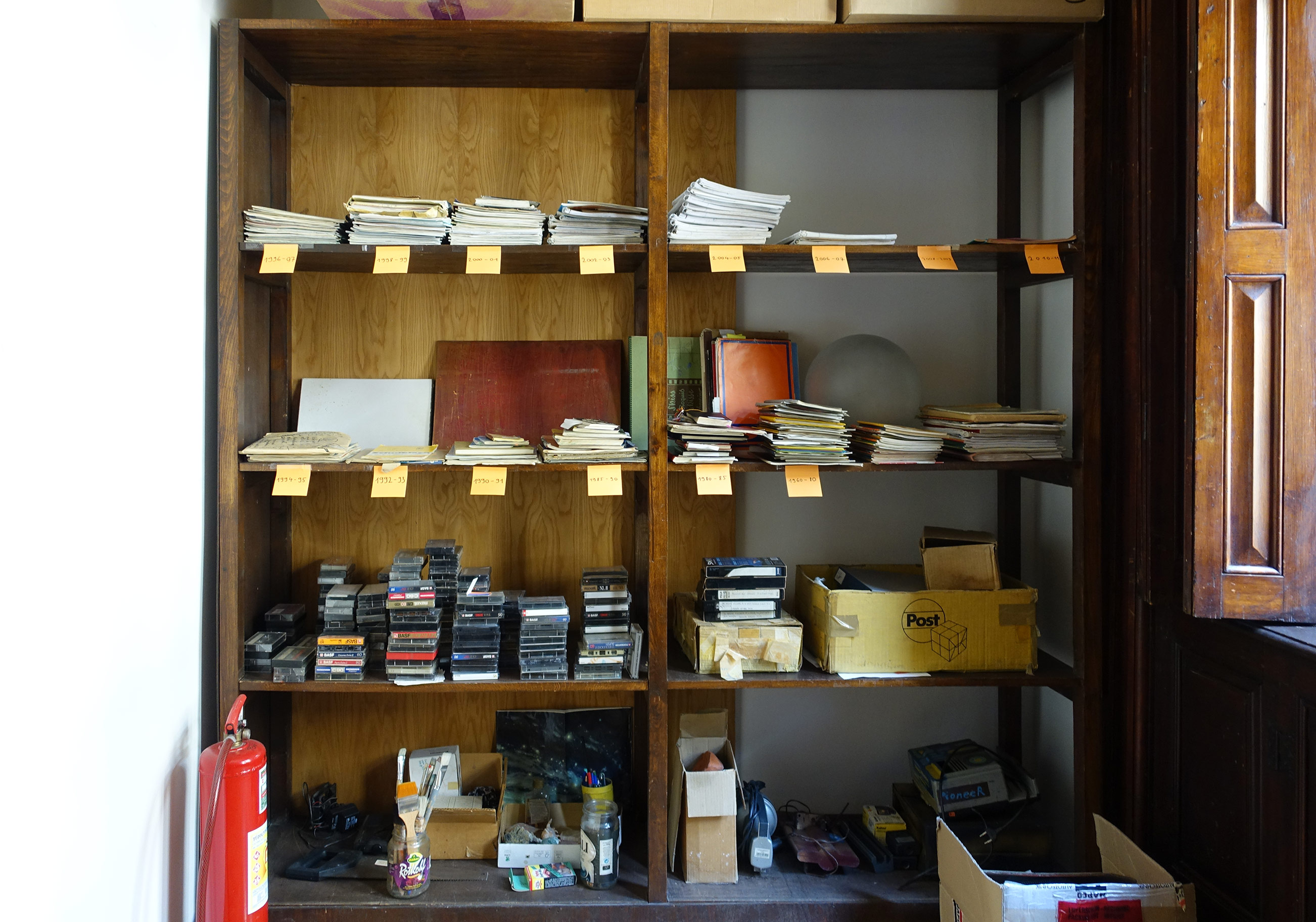 Shelf in the János Baksa Soós Special Collection.