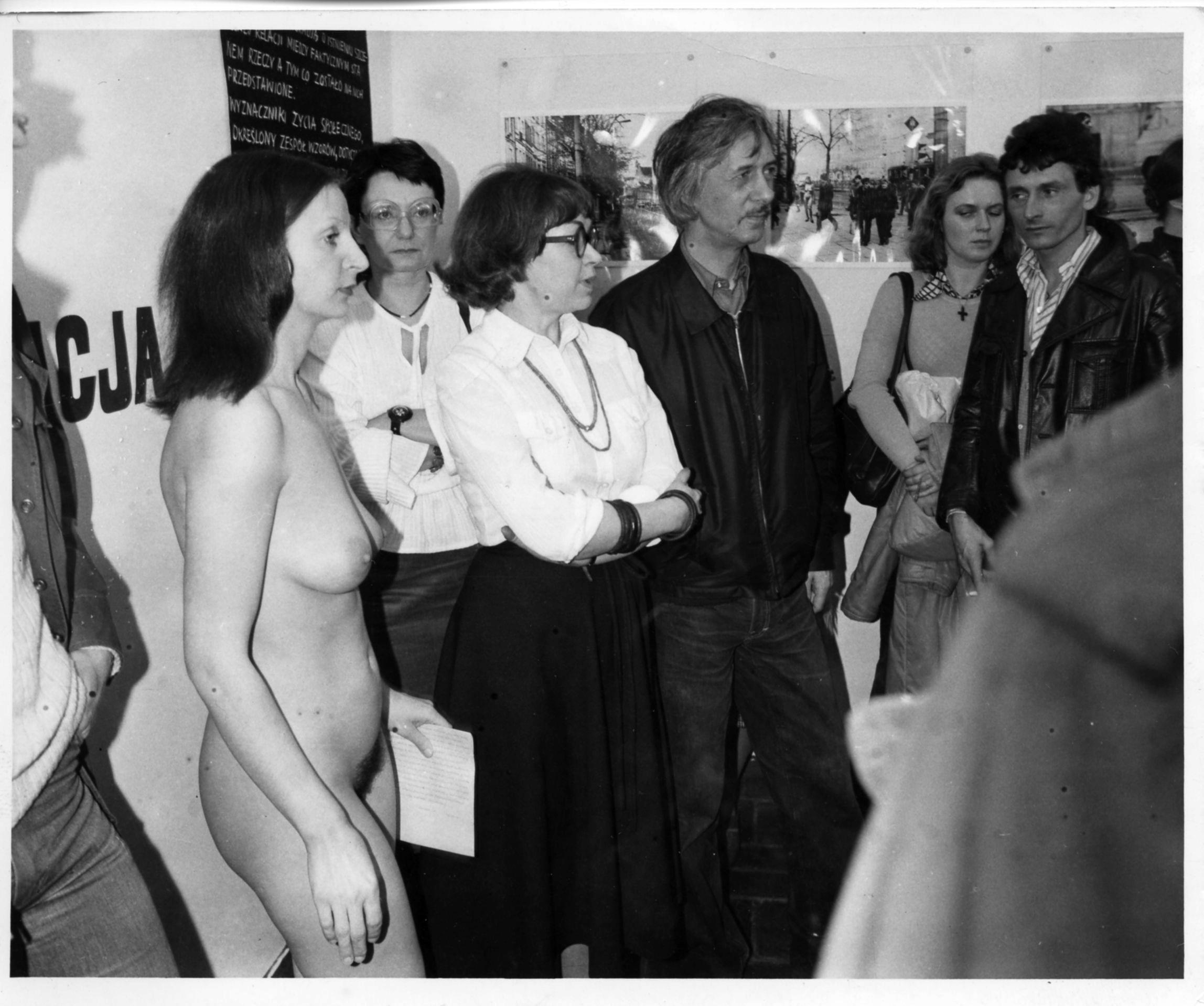 Ewa Partum, Samoidentyfikacja, photo by Marek Grygiel, courtesy of Artists' Archives of The Museum of Modern Art in Warsaw.