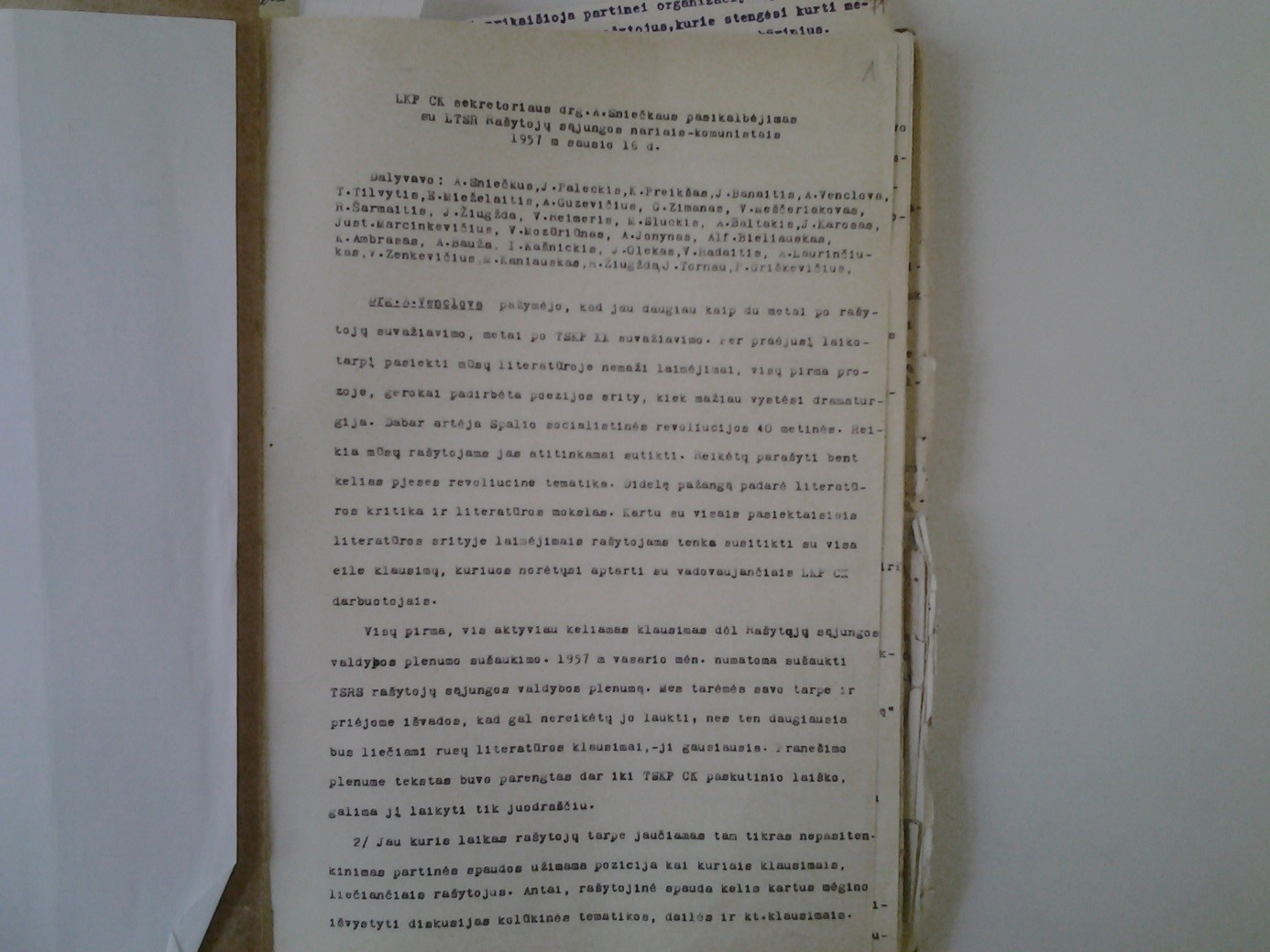 The report of Sniečkus meeting with Lithuanian writers. 1957. Source: Lithuanian Communist party documents archive.