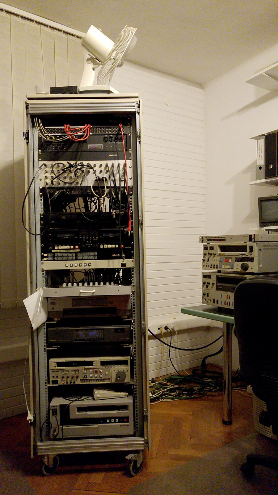 Rack-cabinet in the video archive of C3.