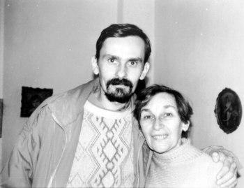 Leontin Horațiu Iuhas with his mother, Doina Cornea, in the 1980s