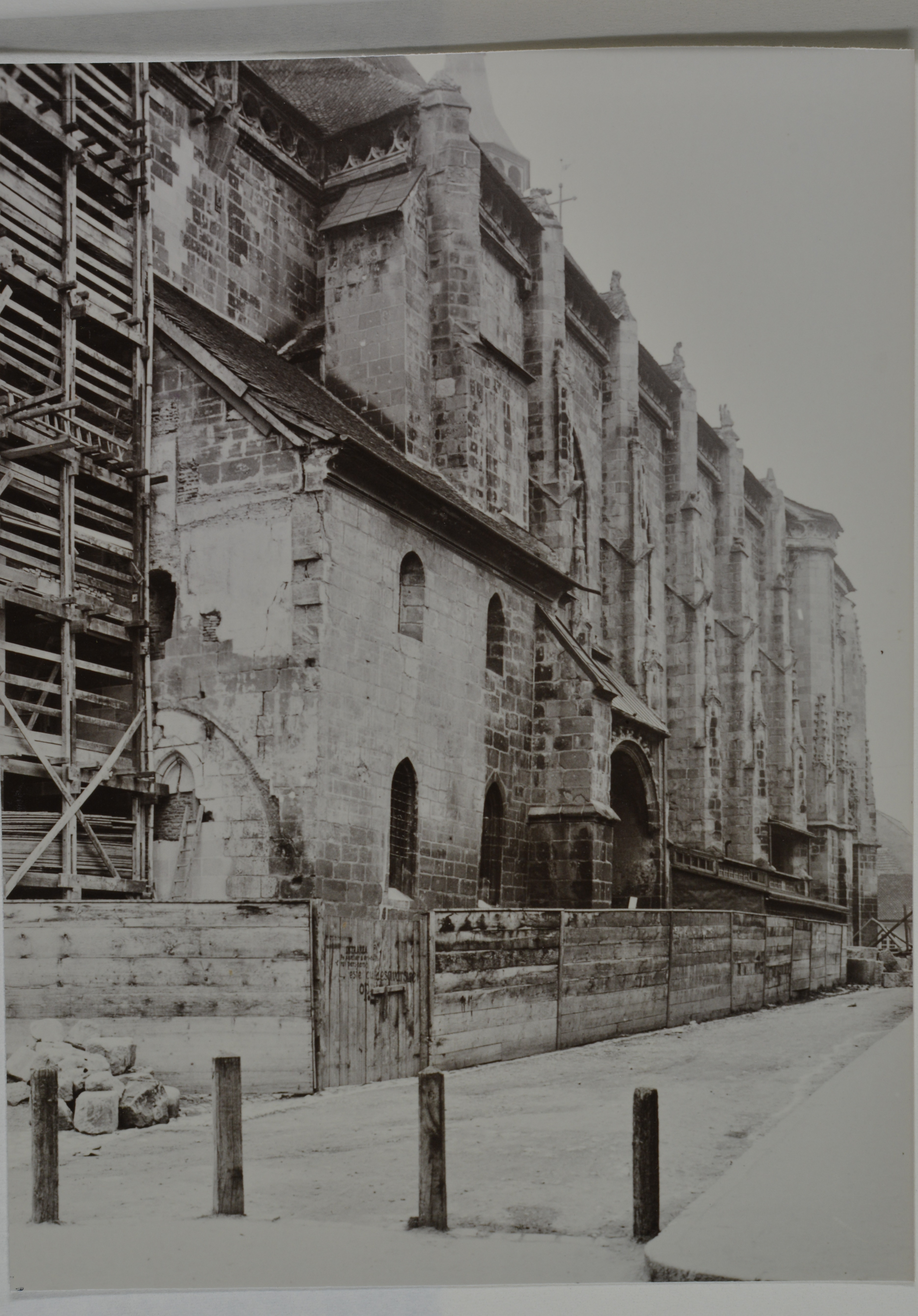 Photo representing the Black Church facades under restoration during early 1940s