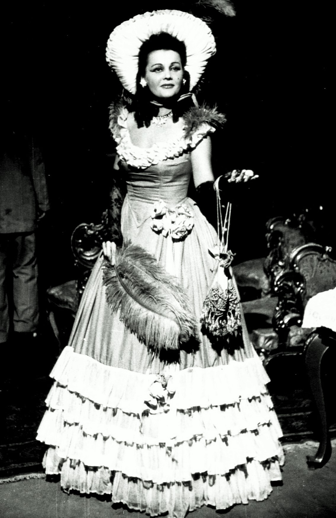 Edit Timkó in the role of Medi from the operetta House of the Three Girls