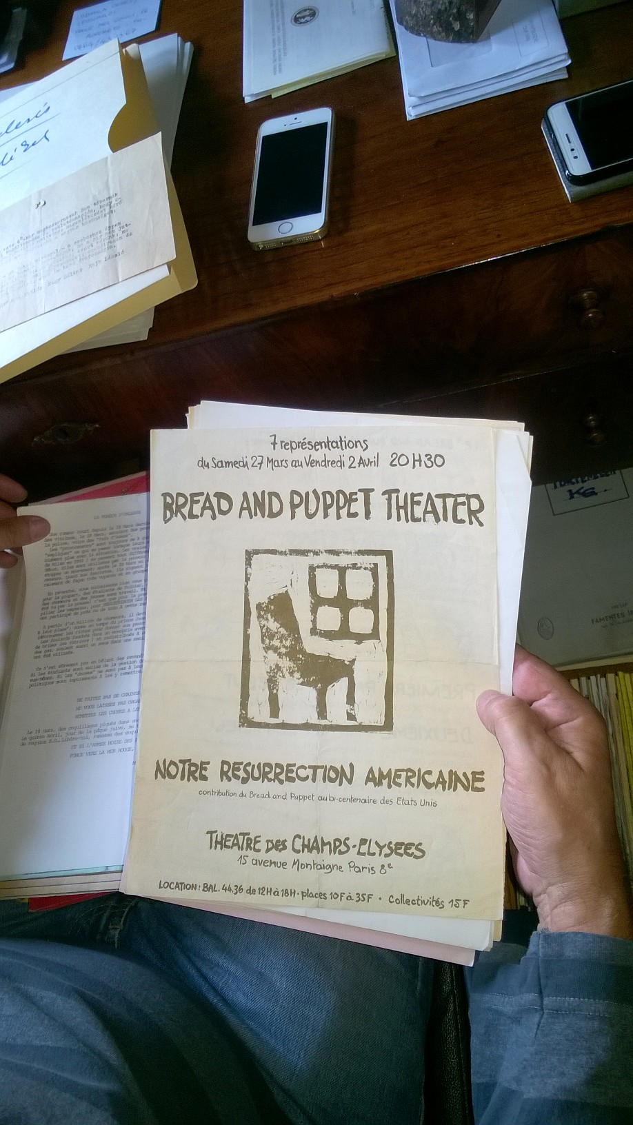 Bread and Puppet Theater' s leaflet