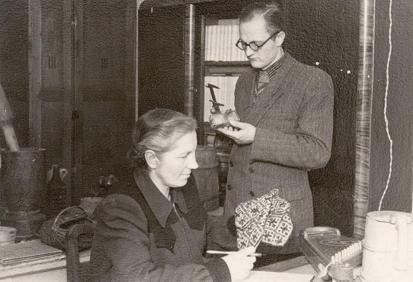 Elza Rudenāja and Vladislavs Urtāns, February 1953.MNMZarh.1048