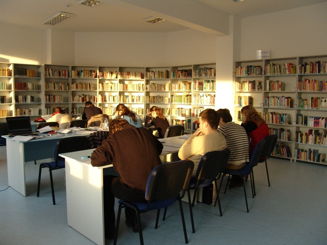 Reading room at BJCluj