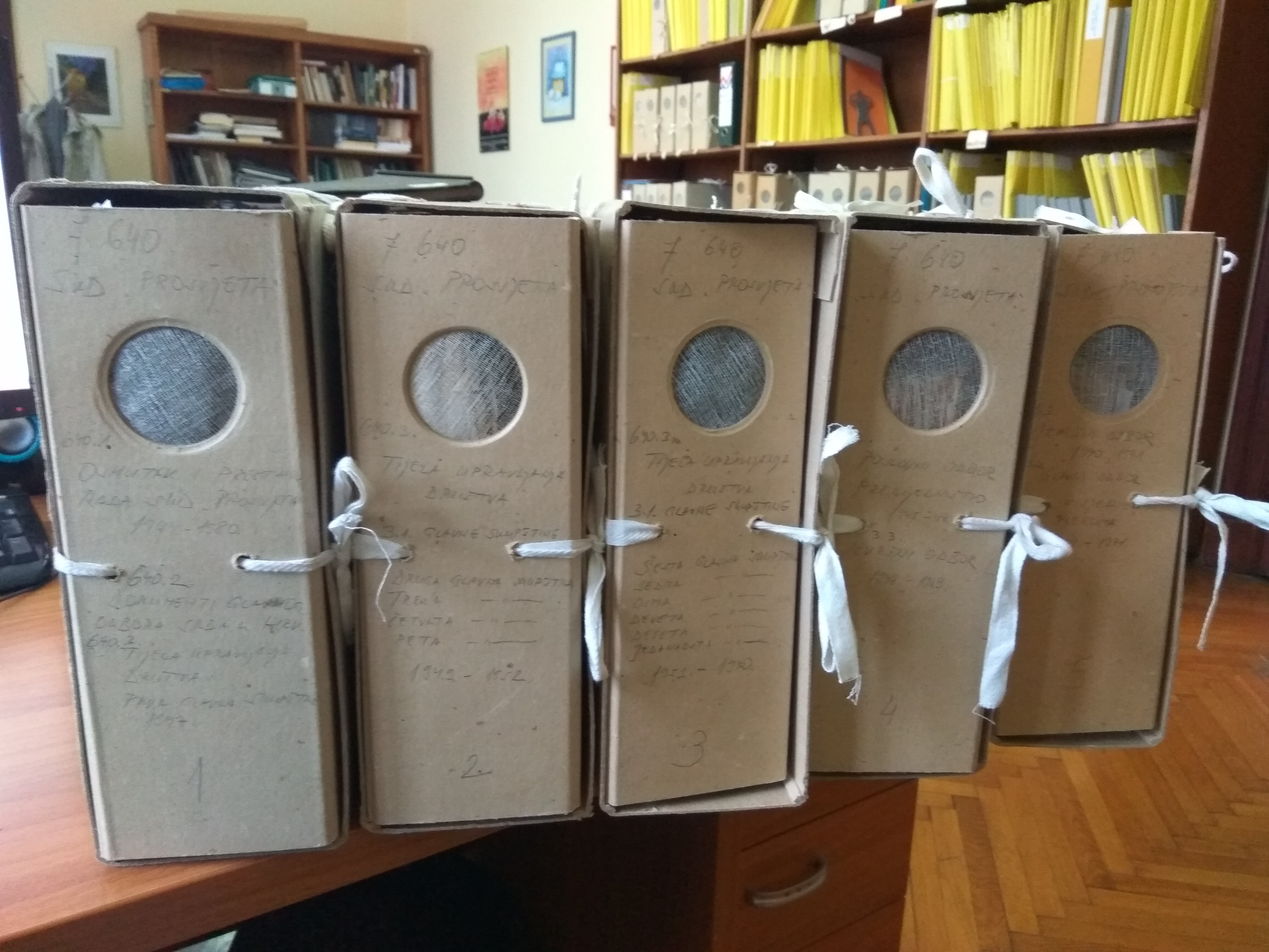 Boxes No. 1-5 of SCA Prosvjeta in the Croatian State Archives