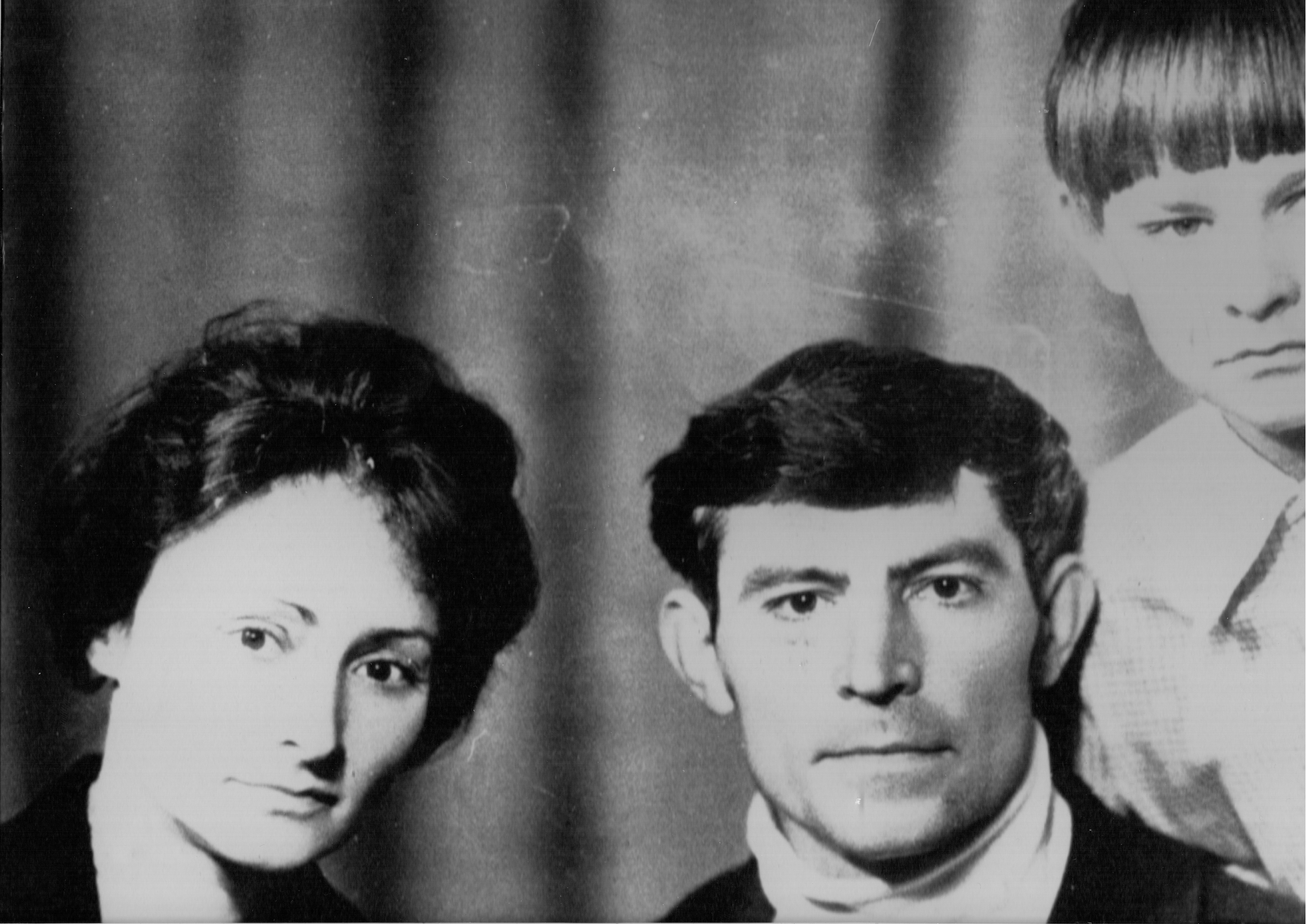 Vasyl Stus with his wife, Valentyna Popeliukh, and their son Dmytro, 1976