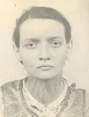 Fotografia Aristinei Pop-Săileanu la arestare