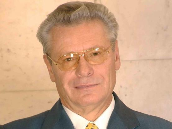 Official photo of Petru Lucinschi
