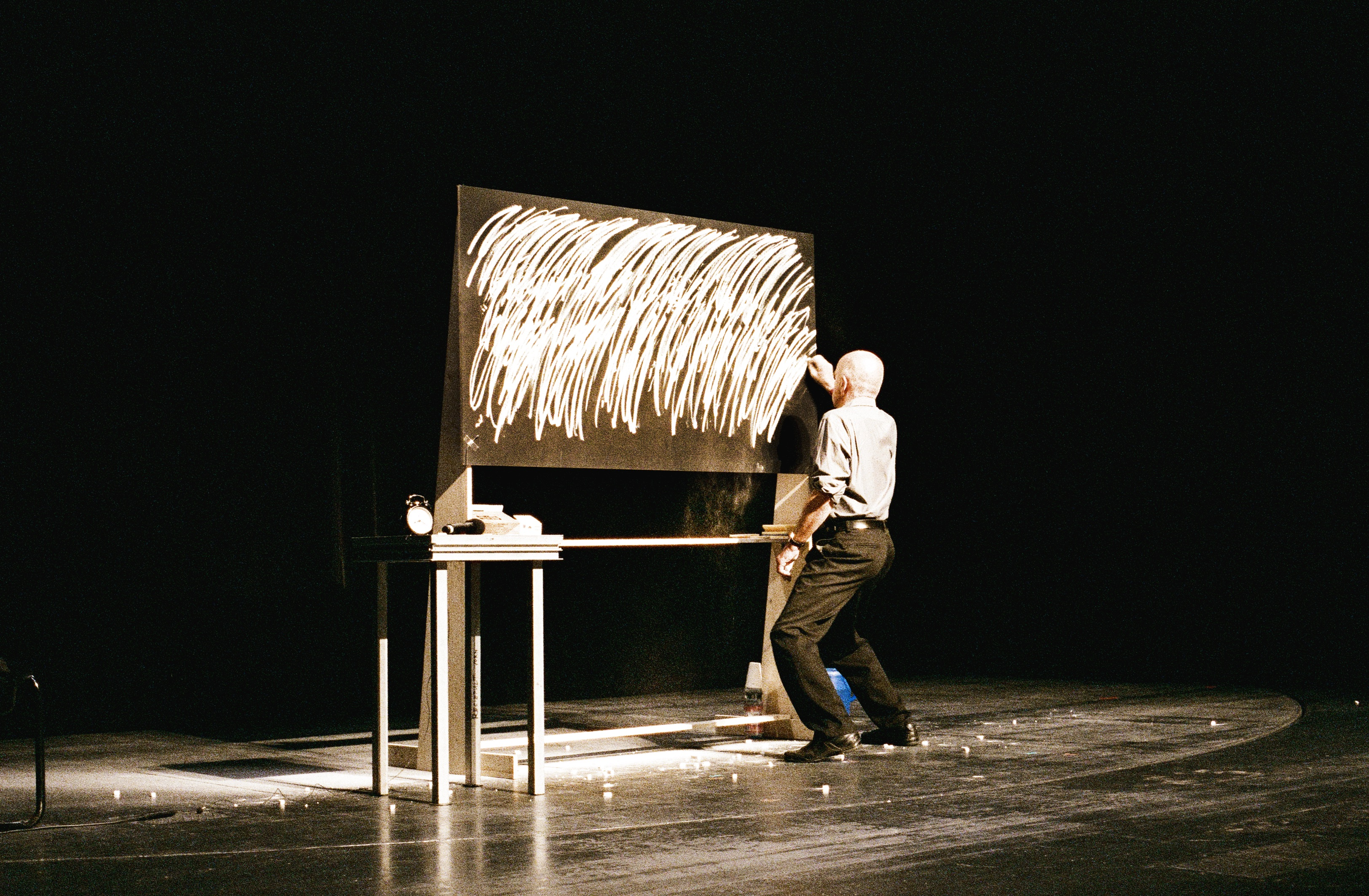 Jarosław Kozłowski, Continuum XXXVI performance, Berlin 2013, photo by Andrea Stapper, courtesy of Artists' Archives of The Museum of Modern Art in Warsaw.