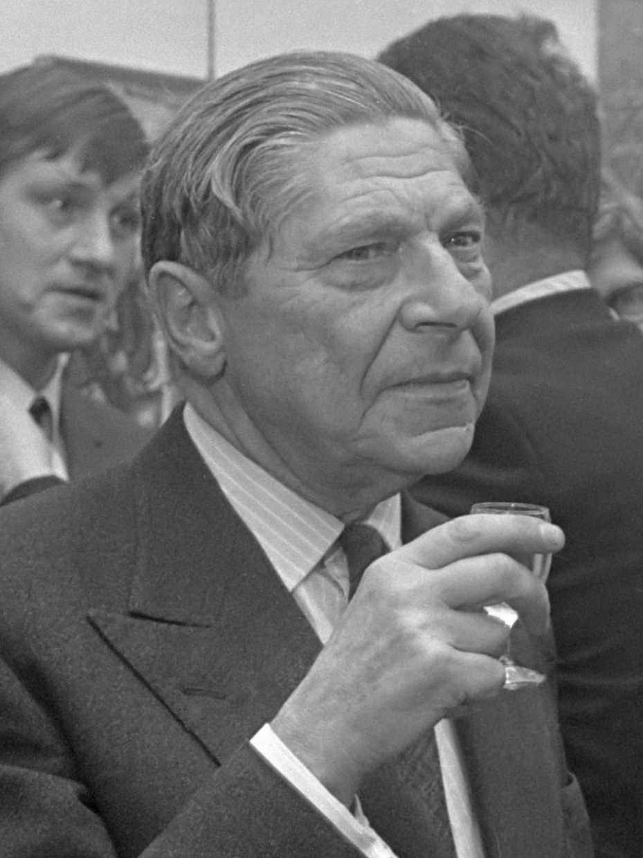 Arthur Koestler at the opening of an exhibition, 11 January 1969, Amsterdam.