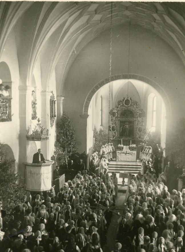Slujbă într-o biserică evanghelică din Transilvania