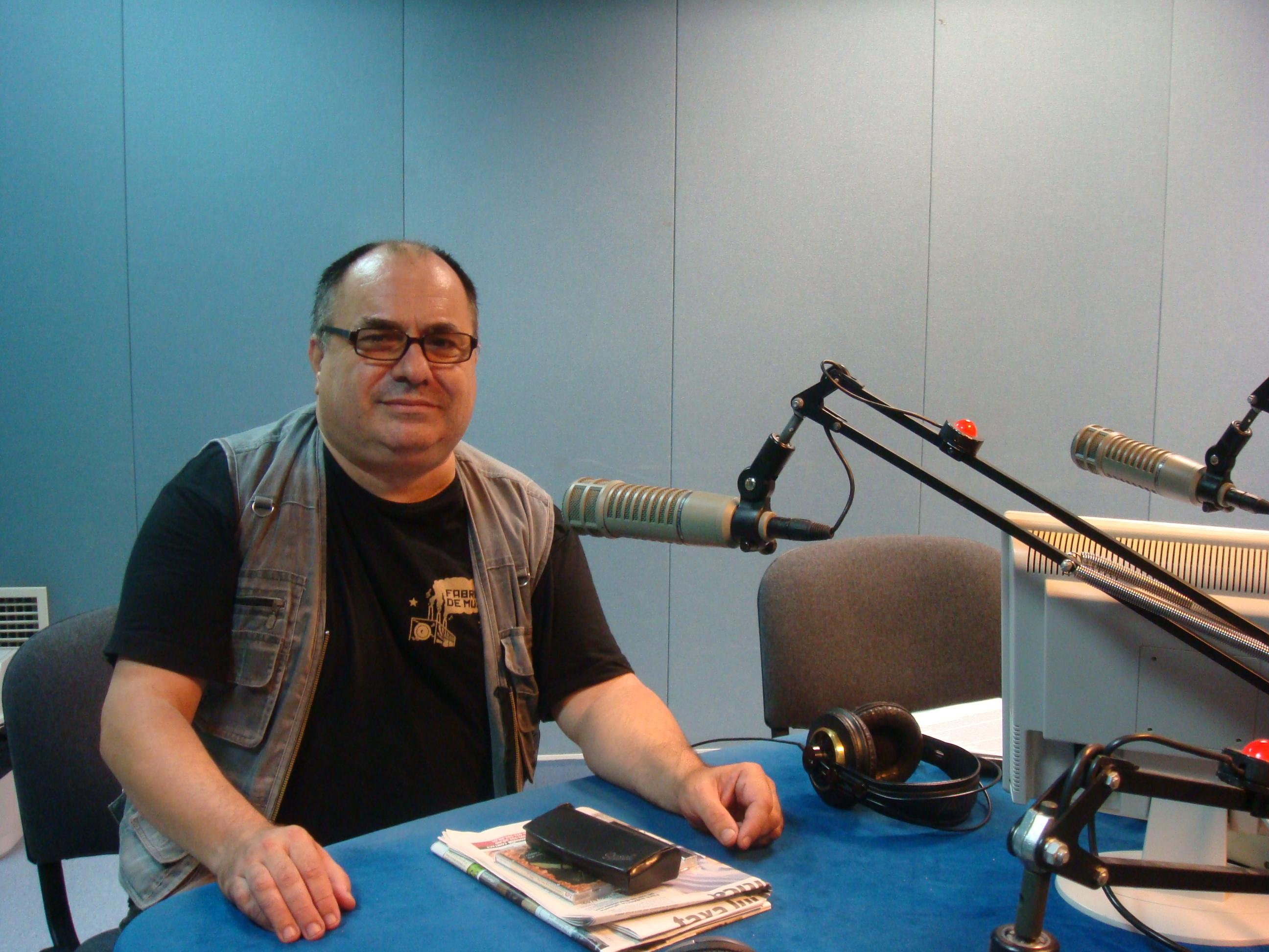 Nelu Stratone during his radio show