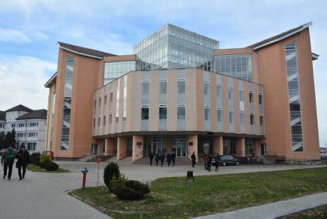 The headquarters of the Oradea University Library